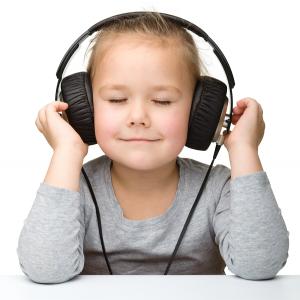 headphones_girl